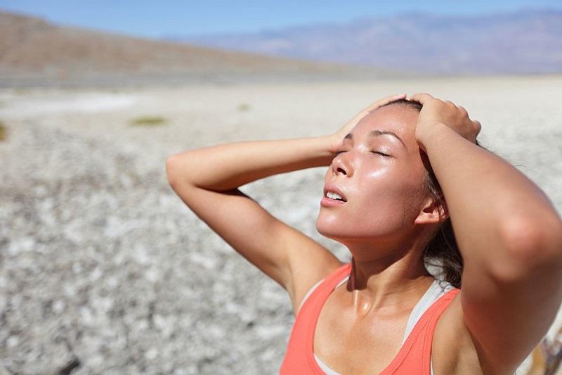 Cơ thể mất nước khiến độ pH trong máu người bình thường tăng