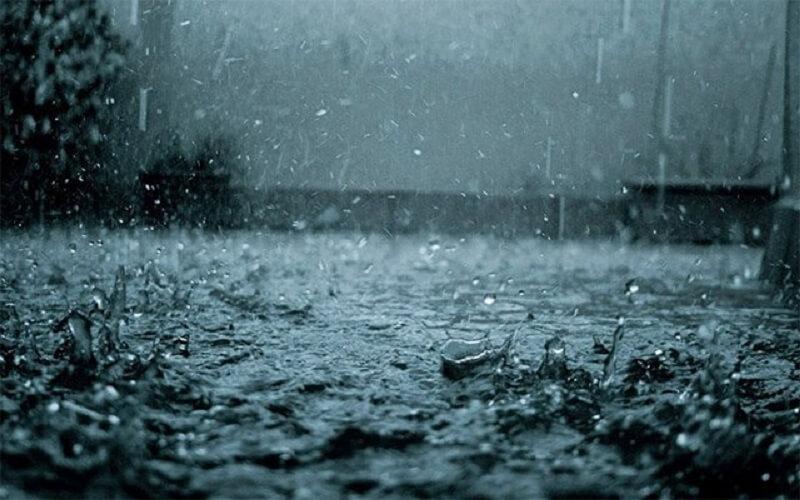 Trong nước mưa sẽ có axit nhỏ độ pH sẽ dao động từ 4 đến 5 độ.