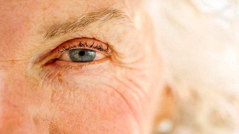 Thoái hóa điểm vàng là một trong những bệnh lý liên quan đến lão hóa mắt