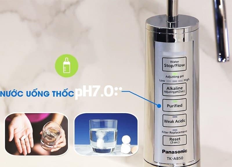 Sau quá trình điện phân, thiết bị sẽ tạo ra nước ion kiềm và nước axit