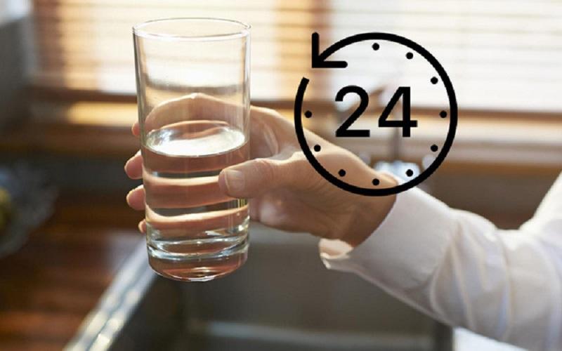 Những giờ uống nước tốt cho sức khỏe bạn nên biết