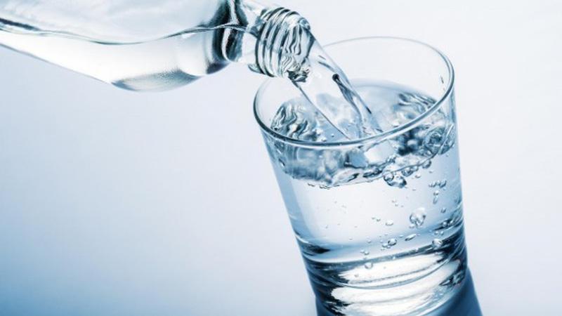 Nước ion kiềm đóng chai chỉ có tác dụng trong một khoảng thời gian nhất định.
