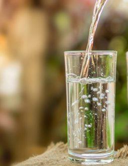 Nước ion kiềm được tạo ra từ máy lọc nước điện giải có nhiều ưu thế nổi bật