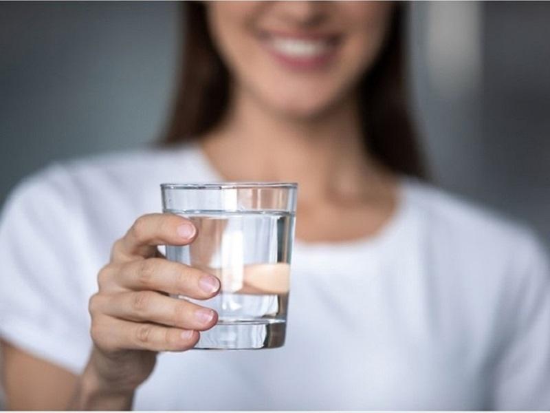 Uống nước đúng cách để duy trì một sức khỏe và một thể trạng tốt