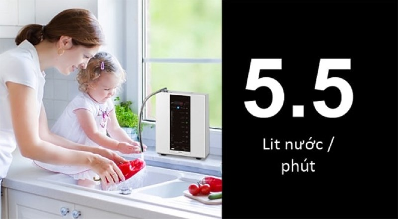 Máy tạo ra 5.5 lít/ phút nên giúp tiết kiệm điện năng và thời gian cho người dùng