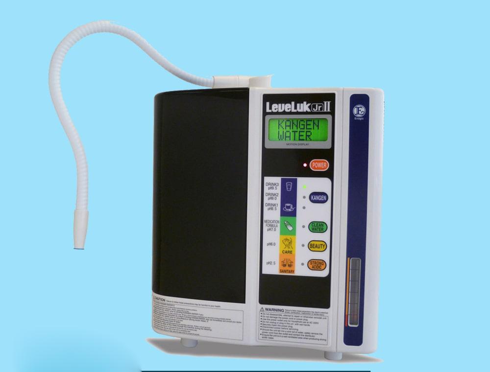Sản phẩm Enagic LeveLuk JrII của hãng Kangen còn được trang bị chế độ vệ sinh tự động