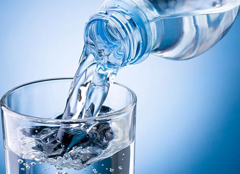 Hãy cố gắng dùng 2 đến 2.5 lít nước ion kiềm mỗi ngàyHãy cố gắng dùng 2 đến 2.5 lít nước ion kiềm mỗi ngày