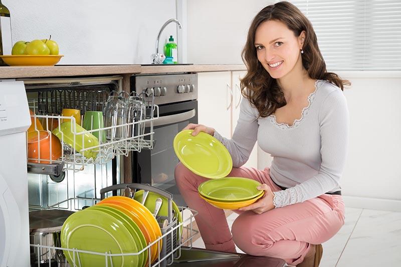 Nước ion kiềm cấp độ 1 - 4 có thể dùng rửa chén đĩa