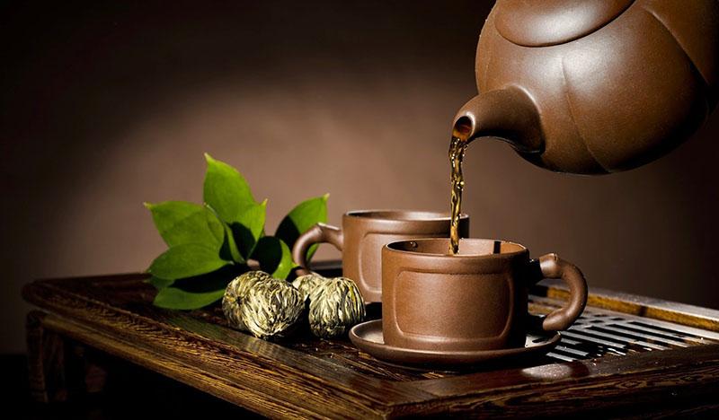 Nước ion có thể dùng để pha trà